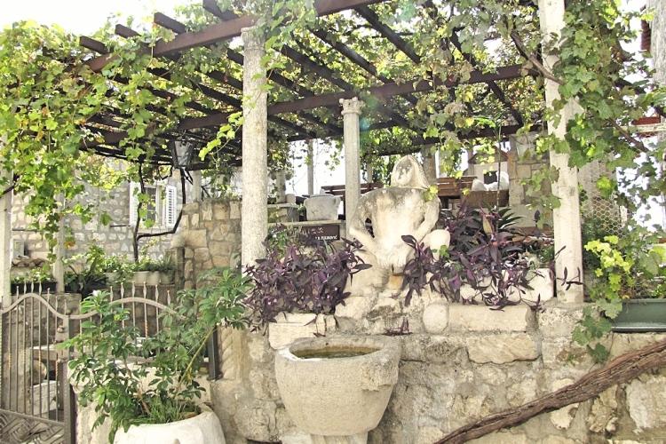 Lady Pipi Restaurant Dubrovnik