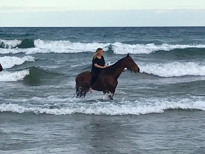 Lake Malawi bareback horse riding